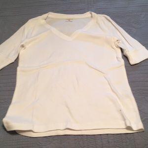 Jones New York Sport v neck t-shirt